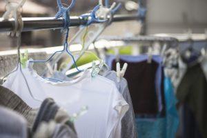 洗濯 物 ほこり つく